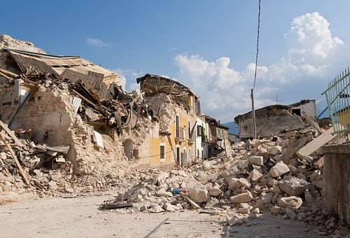 スピリチュアル 地震 意味