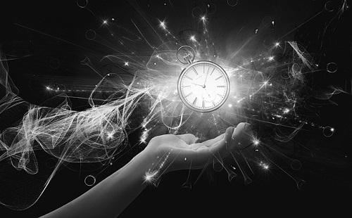 スピリチュアル 時間 概念