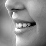 顎関節症のスピリチュアルな意味や性格とは!?