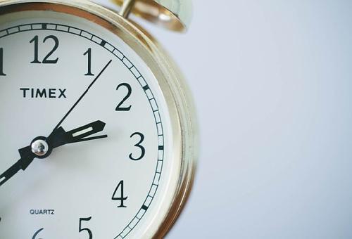 スピリチュアル 時計 遅れる
